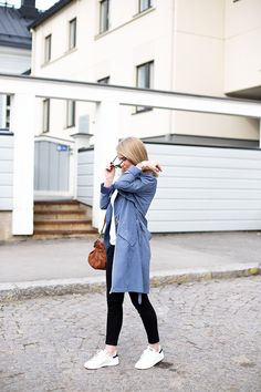 Saint Tropez trench coat, Banana Republic top, Acne jeans, Mulberry bag, Adidas sneakers