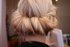 Chignon Hair The color-blocked beauty look, would you try it? African American Wedding Hairstyles & Hairdos: long hair 25 Ways To Up Your Po. Good Hair Day, Great Hair, My Hairstyle, Pretty Hairstyles, Braided Hairstyles, Hairstyles Haircuts, Latest Hairstyles, Headband Hairstyles, Twist Braids