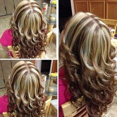 Chunky Highlights and Layers Chunky Highlights, Brown Hair With Blonde Highlights, Hair Color Highlights, Hair Color Balayage, Caramel Highlights, Haircuts For Medium Hair, Medium Hair Cuts, Medium Hair Styles, Curly Hair Styles