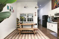 Good The Kitchen In The Home Of Warren Matthee And Rupert Smith, Owners Of Cape  Town Decor Stores O.live (olivestudio.co.za), Opens Into The Courtyard Au2026