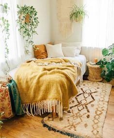 Inside Californian Bohemian Abode with SPELL SPELL welcomes you to the urban jungle ~ Sara Toufali's bohemian oasis FILLED with greenery and indoor plants in LA, California Room Ideas Bedroom, Home Bedroom, Bedroom Inspo, Wood Room Ideas, Bright Bedroom Ideas, Dorm Room Themes, Dorm Room Colors, Colourful Bedroom, Men Apartment