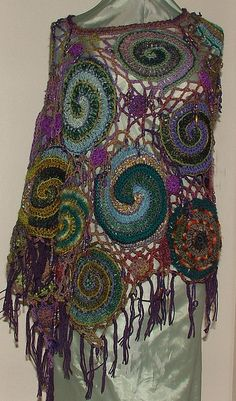 Shawl by Renate Kirkpatrick, Spiral Web - Freeform Crochet poncho View 2 Mode Crochet, Crochet Art, Irish Crochet, Crochet Crafts, Crochet Projects, Freeform Crochet, Crochet Shawl, Crochet Edgings, Crochet Motif