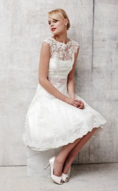 A line Jewel Short Sleeve Zipper Tea Length Lace Wedding Dresses : Discount A Line Jewel Short Sleeve Zipper Tea Length Lace Wedding Dresses(FWD0361) 36