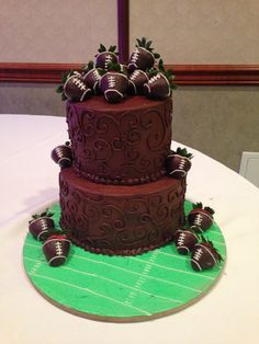 Football themed grooms cake:)