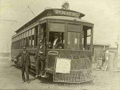 Page Avenue Streetcar at the Street Railway Curve Near Skinker Road 1904 World's Fair Entrance, St. Historical Images, Historical Society, Louisiana Purchase, As Time Goes By, St Louis Mo, Forest Park, The Old Days, Ways To Travel, World's Fair