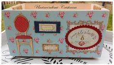 Dos cajas... dos estilos distintos de decorarlas entre amigas.....