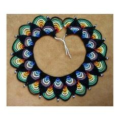 """Saraguro """"Triangulos"""" Collar by Chris Prussing Beaded Necklace Patterns, Bracelet Patterns, Beaded Bracelets, Necklaces, Beading Tutorials, Beading Patterns, Micro Macramé, Macrame Jewelry, Beads And Wire"""
