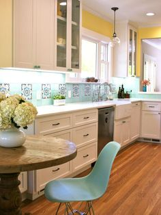 simple kitchen space that looks like it would work in a typical LA home.