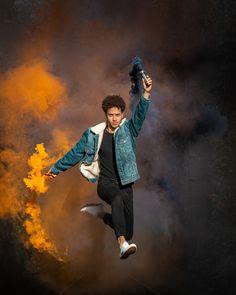 Eines der coolen Bilder aus dem Rauchshooting mit dem lieben Fernando. Mehr Bilder findest du auf meinem Instagram Account: michellecolombo___ und auf www.photodreamrs.com Portrait, Hipster, Instagram, Style, Fashion, Smoke Pictures, Cool Pictures, Wedding, Swag