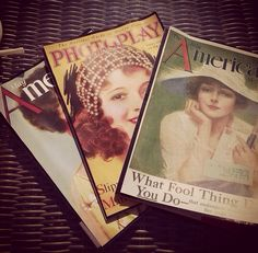 Revistas de época... Busca cualquier revista por casa, imprime unas láminas y pégalas por las dos caras exteriores!