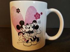 Disney Mickey And Minnie Mouse Perfect Match Coffee Mug Minnie Mouse Blanket, Minnie Mouse Mug, Minnie Mouse Christmas, Disney Coffee Mugs, Disney Mugs, Best Coffee Mugs, Coffee Cups, Christmas Coffee, Christmas Drinks