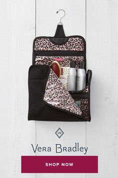 Your favorite hanging organizer now comes in a larger silhouette – large enough for full-size bottles! It's the perfect size for family travel or dorm use – the only limit is your imagination. Easy Sewing Projects, Sewing Hacks, Sewing Tutorials, Sewing Crafts, Pocket Organizer, Hanging Organizer, Craft Shed, Horse Cards, Carry All Bag