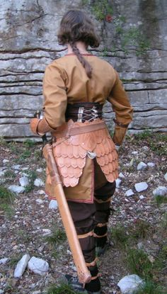 armor--- note the skirting---to add to a lamellar vest, squared off at the waist and with shoulder guards...