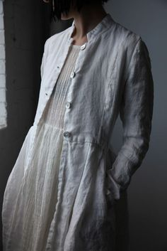 Ovate S/S 2016 - Róisín Washed Linen Long Jacket - Natural White Mode Style, Style Me, Look Fashion, Womens Fashion, Fashion Design, Mode Boho, Long Jackets, Linen Dresses, Mode Inspiration