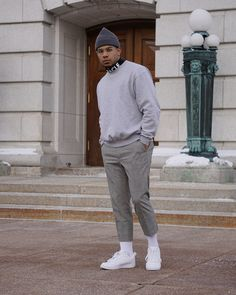 Insta Smart casual street men's fashion outfit Black Men Street Fashion, Mens Fashion Casual Shoes, Mens Fashion Suits, Fashion Outfits, Men's Fashion, Fashion Styles, Winter Fashion, Mens Winter Beanies, Ootd