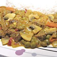 Recept : Pikantní hovězí nudličky | ReceptyOnLine.cz - kuchařka, recepty a inspirace Beef, Chicken, Food, Meat, Essen, Meals, Yemek, Eten, Steak