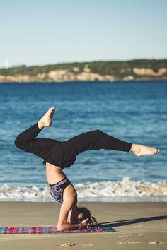 31 best Posturas de yoga - Yoga figures images on Pinterest   Better ...
