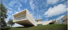 Dwelling in Etura by Roberto Ercilla Arquitectura