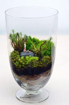 Live Moss Terrarium // Little People // Apothecary Jar Planter // Living Home Decor // Gift Ideas. $80.00, via Etsy.
