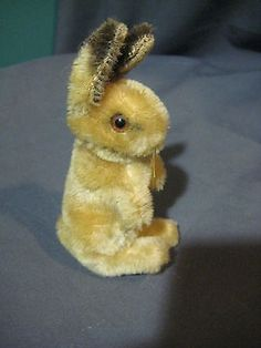 Vintage Steiff Mohair 4.5 Rabbit Bunny Stuffed Plush | What's it worth Rabbit Run, Toy Boxes, Easter Bunny, Vintage Antiques, Plush, Teddy Bear, Dolls, Stuffed Animals, Rabbits