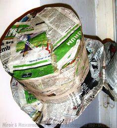 Miroir et Mascarade: Un chapeau fou ...de A à W ! Paper Mache Clay, Paper Clay, Paper Art, Pink Christmas, Christmas Crafts, Wonderland, Cardboard Crafts, School Projects, Shadow Box