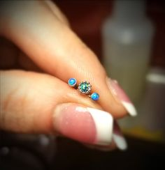 21 Forward Helix Piercing Examples with Information - Piercings Models Bling - fashiondesign. Triple Forward Helix Piercing, Helix Piercing Jewelry, Piercings, Models, 21st, Bling Bling, Turquoise, Tattoos, My Style