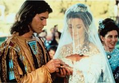 jane seymour and joe lando from dr quinn, medicine woman. you two are so cute together. jane, you are so pretty. sigh. joe, you look awesome with long hair and in indian wear.
