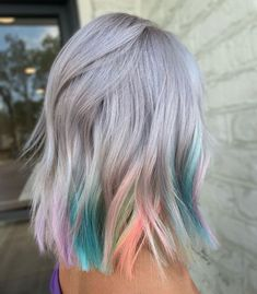 If you want to spruce up your hair and get a fresh look, check out these 40 fantastic ombre hair color options for every hair shade, length, type & texture! Blonde Ombre Hair, Silver Ombre Hair, Brown Ombre Hair, Ombre Hair Color, Gray Hair, Pastel Ombre Hair, Colored Hair Streaks, Black And Grey Hair, Grey Hair Looks