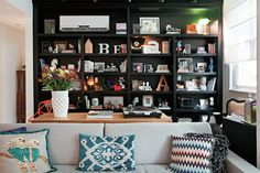 Designer Colors of a Charming Apartment in Rio - wave avenue