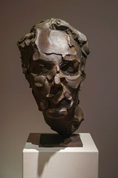 Effigy - bronze - 45 cm par catherine Thiry