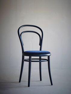 Artilleriet Exclusive - Chair 14 - Dark Blue Velvet