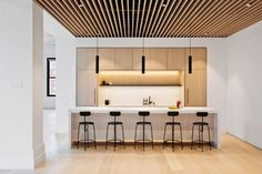 Fogarty Finger revamps New York office with glass and cosy wood, – Modern Corporate Office Design Corporate Office Design, Office Interior Design, Office Interiors, Corporate Offices, Workplace Design, Black Window Frames, New York Buildings, Office Buildings, New York Office