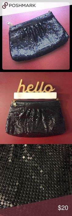VINTAGE Shimmer mesh black purse Super fun little bag with a sleek shimmery mesh-like texture. I don't know the name of this type of texture, but I do know that you'll find yourself wanting to play with its tactile material all the time 🤗 It's in good vintage condition, with one shimmer piece slightly unhinged in one corner (each piece is held down individually to the mesh by four corners). Due to the texture it's very hard to tell. Comes with a slinky strap. Pair it with a LBD for a bit of…