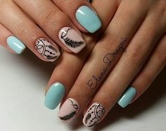 Having short nails is extremely practical. The problem is so many nail art and manicure designs that you'll find online Cute Nails, Pretty Nails, Bohemian Nails, Dream Catcher Nails, Feather Nail Art, Country Nails, Nagellack Design, Nailart, Mandala Nails