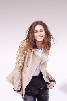 Guest editor and ever stylish Olivia Palermo (Burberry Trench)