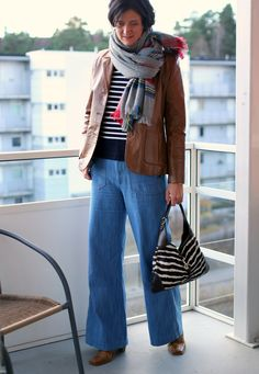 Tall Girl's Fashion // Styling flared jeans