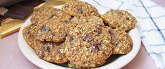 Így lesz igazán puha a csokis keksz: napokig szaftos marad a tésztája - Receptek | Sóbors Cookies, Desserts, Recipes, Food, Crack Crackers, Tailgate Desserts, Deserts, Biscuits, Recipies