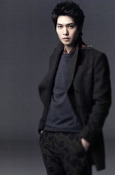 Lee Jong‑hyun (Lead guitar, CNBLUE)