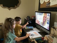 Staying connected to your students is simple to do! Teach Preschool, Preschool Classroom, Pre K Age, To My Parents, Life Learning, Sweet Messages, Dance Videos, Young Children