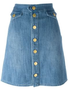 "Isabel Marant Étoile falda denim ""Odelle"" A basic denim skirt with big button closures. Skirt Outfits, Dress Skirt, Casual Outfits, Fashion Outfits, Denim Skirt Winter, Cute Middle School Outfits, Kurti Designs Party Wear, Denim Outfit, Distressed Denim"