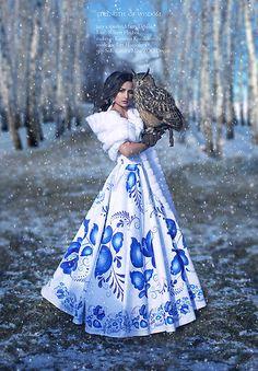 Matty Urbanič, Šaty FOLK - handmade www. Europe Outfits, Jessica Ricks, Just Style, Blue And White Dress, Land Scape, Beautiful Dresses, Boho Chic, Cool Outfits, Fashion Accessories