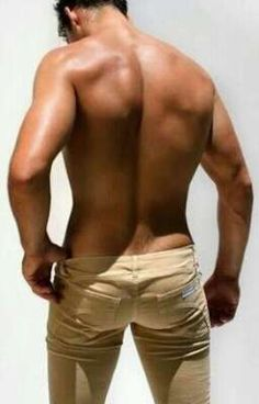 David Gandy backside=hot guys with hairy booty cracks David Gandy, Look Man, Le Male, Dolce E Gabbana, Raining Men, Nice Asses, Attractive Men, Male Beauty, Perfect Man