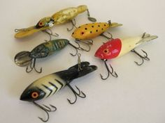 Love the colors and patterns! Lot of 5 Vintage Antique Hand Carved Wood Painted Tackle Bait Hook Fishing Lure | eBay