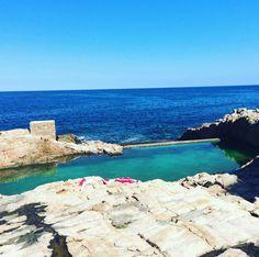 Platja de l 39 illa roja entre pals i begur illa roja beach for Piscina natural begur