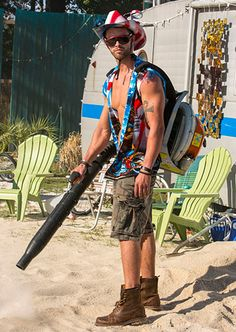 Meet the Residents Photo Gallery: Welcome to Myrtle Manor: TLC