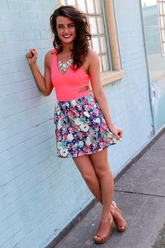 Love the skirt Casual Outfits, Cute Outfits, Fashion Outfits, Spring Summer Fashion, Spring Outfits, Style And Grace, My Style, Country Girl Style, Everyday Dresses
