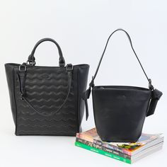 Discover unique women bags in DOCA Collection with a variety of cross body bags, backpacks and handbags at the lowest prices! Camel Backpacks, Next Bags, Red Backpack, Pink Handbags, Romantic Look, Black Cross Body Bag, Pu Leather, Dust Bag, Fall Winter