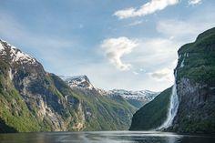 13 bilder som inspirerer til ferie på Vestlandet | Visit Flåm Grand Canyon, Cruise, Waterfall, Mountains, Nature, Bucket, Travel, Outdoor, Inspiration