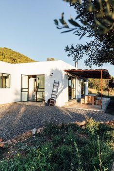 Architect and creative entrepreneur Jurjen van Hulzen and his practices The Nieuw and Ibiza Interiors transformed an old abandoned warehouse into a dreamy loft Architectural Design Studio, Architecture Design, Loft Design, House Design, Abandoned Warehouse, Moraira, Style Rustique, Open Space Living, Living Spaces