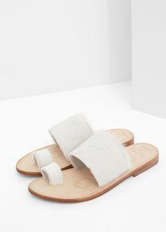 Premium - sandalen van bont en leer | MANGO